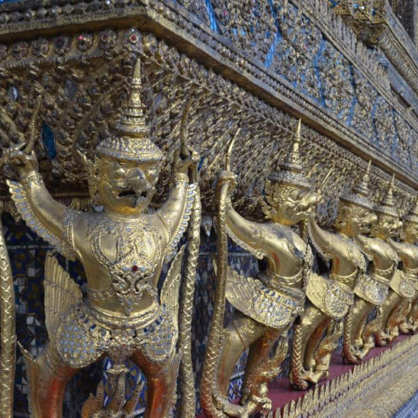 Navigating Bangkok for Lady Tourists