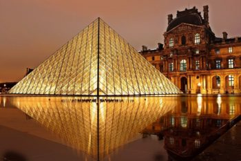 Famous monuments in Paris