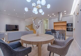 What is a serviced apartment and why is Bristol a great city for them?
